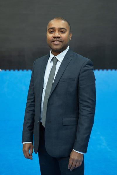Thierry de l'équipe administrative
